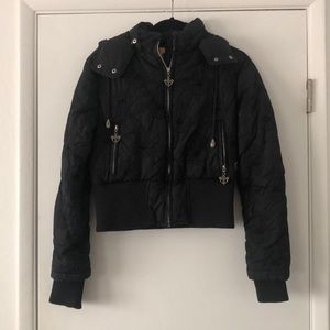 Puffer jacket w/fleur de lis embroidery